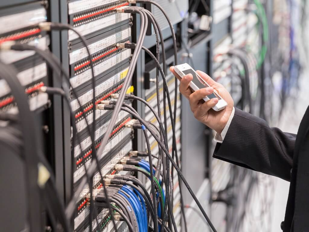 thumb_managing-emerging-risks-from-the-internet-of-things